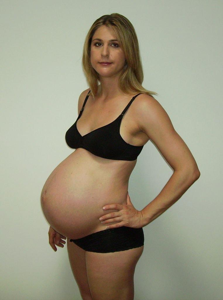 molande värk i magen gravid
