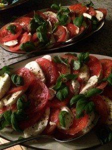Mozzarella och tomatsallad
