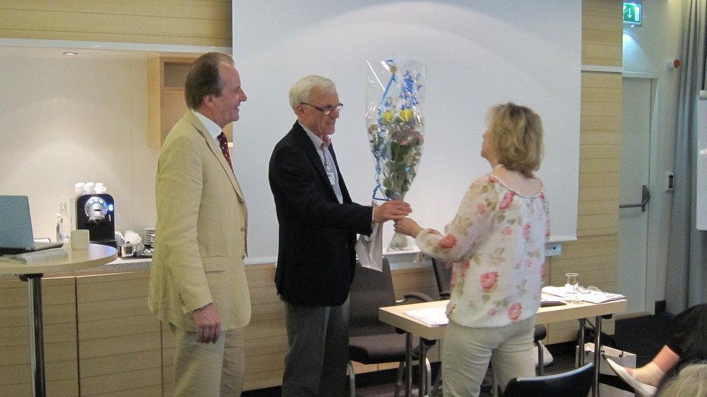 Jan Frick tackas av