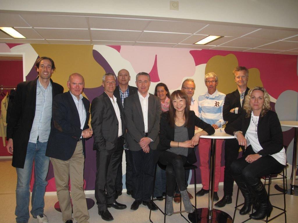 Här är styrelsen samt ett par deltagare från årsmötet