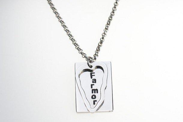 Fint smycke som finns både med Farmor och Mormor - just nu till kampanjpris 149kr (279kr)